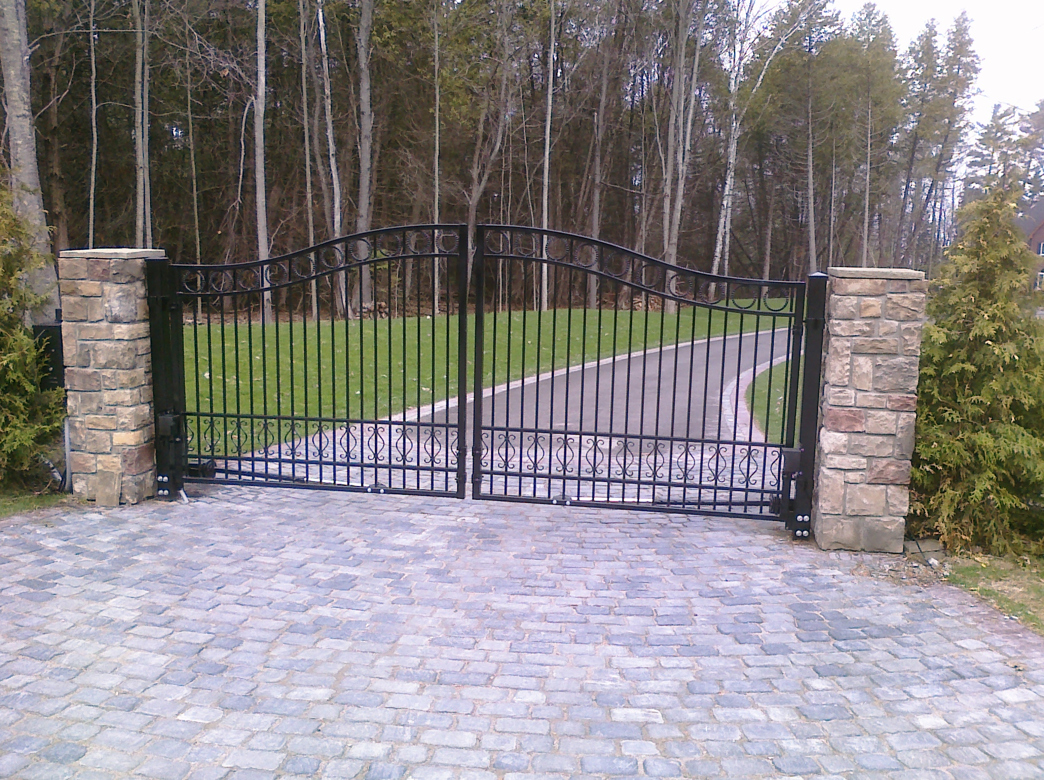 Swinging Gates & Operators , Automatic Swinging Residential Driveway Gate operator openers